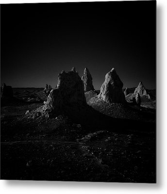 Pinnacles Facing The Sunrise Metal Print