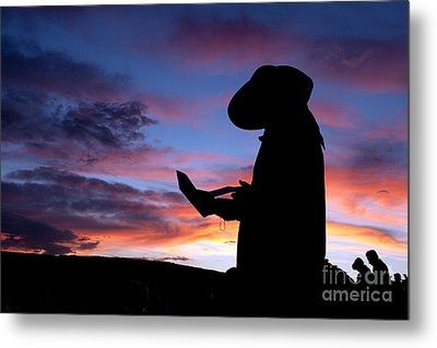 Pioneer Silhouette Reading Letter Metal Print by Cindy Singleton