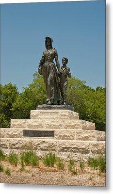 Pioneer Woman Statue, Oklahoma Metal Print by Richard and Ellen Thane
