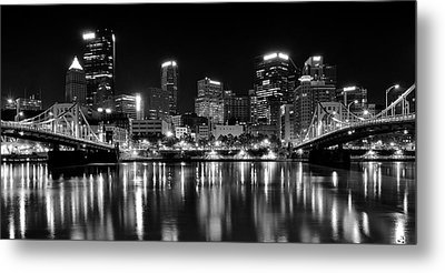 Pittsburgh Black And White Panorama Metal Print