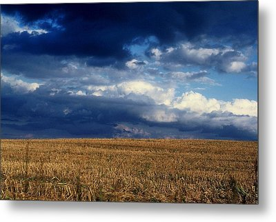 Metal Print featuring the photograph Plain Sky by Rodney Lee Williams