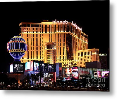Planet Hollywood At Night Metal Print by John Rizzuto