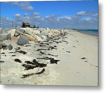 Metal Print featuring the photograph Plymouth Long Beach In Massachusetts  by Janice Drew