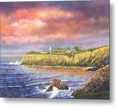 Point Vicente Lighthouse Metal Print by Douglas Castleman