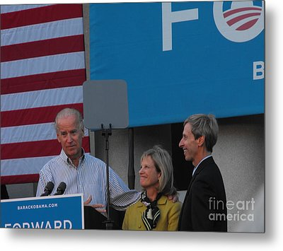 Politicians Metal Print by Lisa Gifford