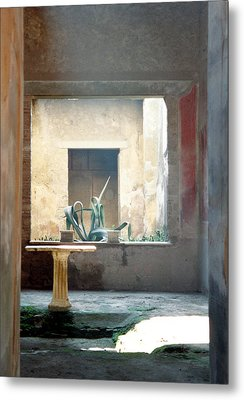 Metal Print featuring the photograph Pompeii Courtyard by Marna Edwards Flavell