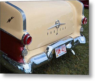 Metal Print featuring the photograph Pontiac Classic Car by Mick Flynn