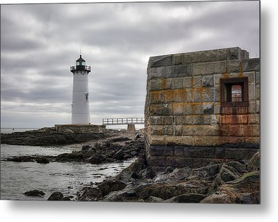 Portsmouth Harbor Light Metal Print by Eric Gendron