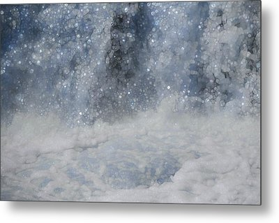 Power And Beauty Of Water Metal Print by Dan Sproul