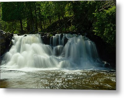 Power Dam Falls Metal Print