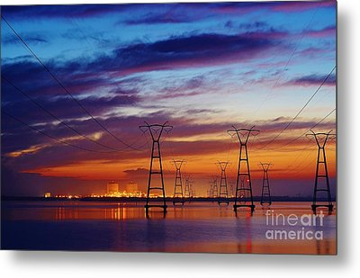 Power Plant On The Rise Metal Print by Lynda Dawson-Youngclaus