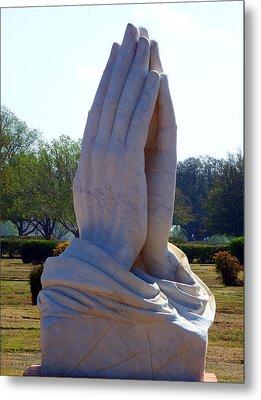 Praying Hands Statue Metal Print by David G Paul