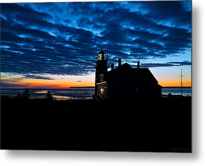 Predawn Light At West Quoddy Head Lighthouse Metal Print