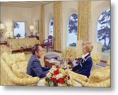 President And Pat Nixon Sitting Metal Print by Everett