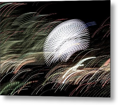 Metal Print featuring the photograph Pretty Little Cosmo - 7 by Larry Knipfing