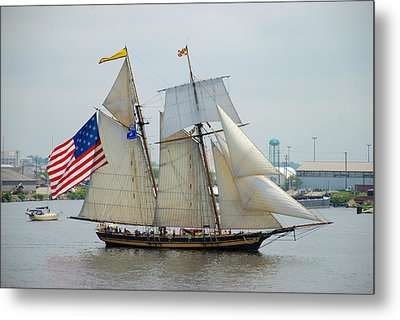 Pride Of Baltimore II Passing By Fort Mchenry Metal Print