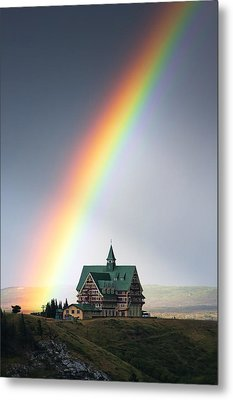 Prince Of Wales Rainbow Metal Print by Mark Kiver