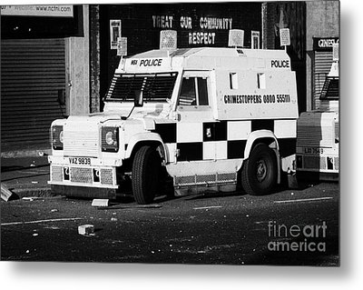 Psni Armoured Land Rover On Crumlin Road At Ardoyne Shops Belfast 12th July Metal Print