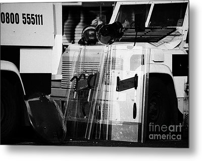 Psni Protective Riot Gear At Landrovers On Crumlin Road At Ardoyne Shops Belfast 12th July Metal Print by Joe Fox
