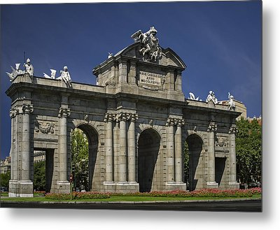 Puerta De Alcala Madrid Spain Metal Print by Susan Candelario