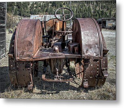 Pulling End Of Mccormick-deering Tractor Metal Print by Daniel Hagerman