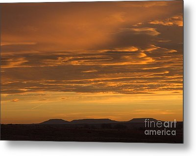 Pumpkin Buttes At Sunrise Metal Print