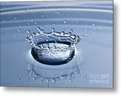 Pure Water Splash Metal Print