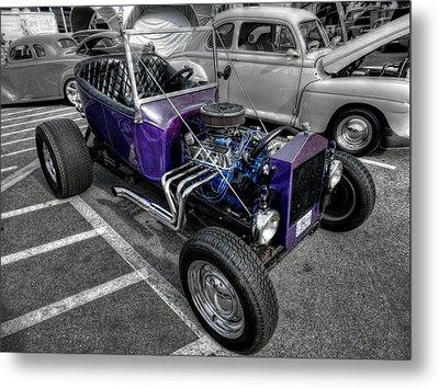 Purple Rod 001 Metal Print by Lance Vaughn