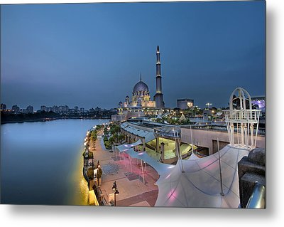 Putra Mosque At Blue Hour Metal Print by David Gn