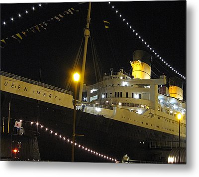 Queen Mary - 12124 Metal Print