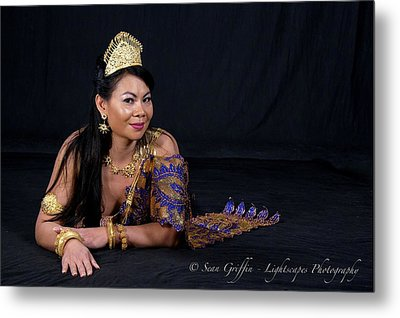 Queen Of Beauty Metal Print by Ti Oakva