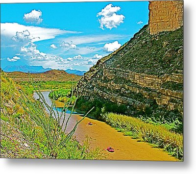 Rafting In Santa Elena Canyon In Big Bend National Park-texas Metal Print by Ruth Hager