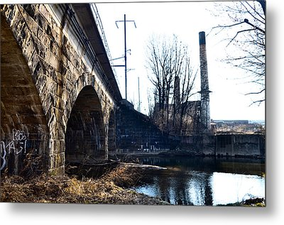 Rail Road Bridge Over The Brandywine Creek Downingtown Pa Metal Print by Bill Cannon