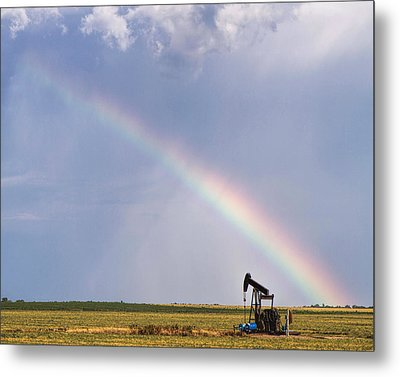 Rainbow And Oil Pump Metal Print by Rob Graham