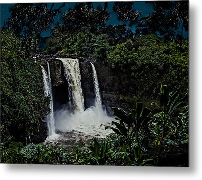 Metal Print featuring the photograph Rainbow Falls by Randy Sylvia