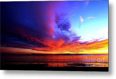 Metal Print featuring the photograph Rainbow Sunset by Sue Halstenberg