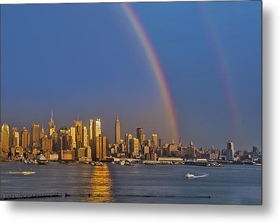 Rainbows Over The New York City Skyline Metal Print by Susan Candelario