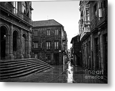 Raining In Pontevedra Bw Metal Print by RicardMN Photography