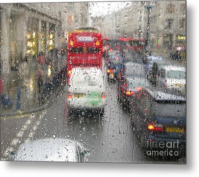 Metal Print featuring the photograph Rainy Day London Traffic by Ann Horn