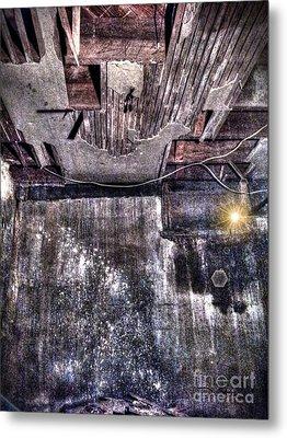 Ray Of Hope Metal Print by Dan Stone