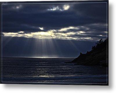 Rays Of Hope At Cape Kiwanda Oregon Metal Print