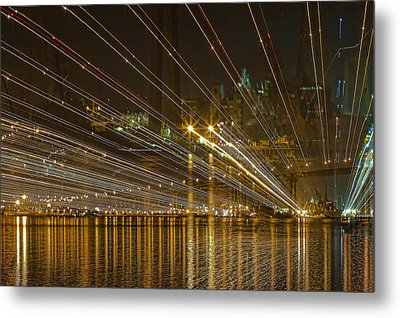 Metal Print featuring the photograph Rays Over The Bay by Gary Holmes