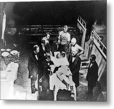 Re-enactment Of First Anaesthesia, 1850 Metal Print by Science Photo Library