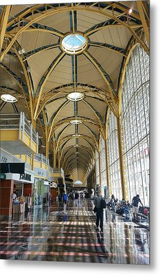 Metal Print featuring the photograph Reagan National Airport by Suzanne Stout