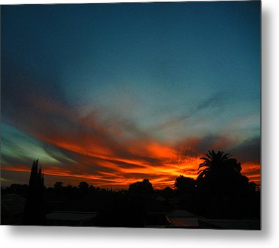 Red And Green Sunset Metal Print