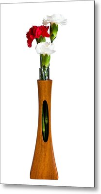 Red And White Spray Carnations In Teak Vase Metal Print by Steven Heap