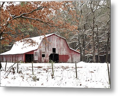 Red Barn In Snow Metal Print by Robert Camp