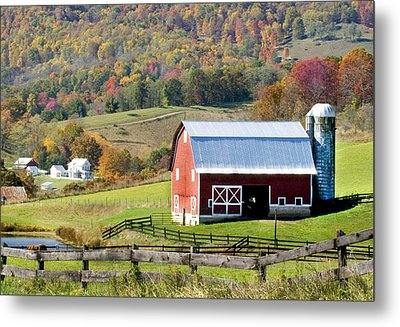 Metal Print featuring the photograph Red Barn by Robert Camp