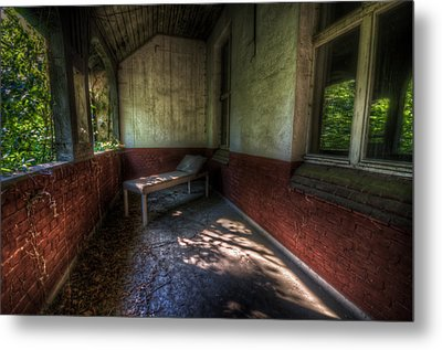 Red Bed Metal Print by Nathan Wright