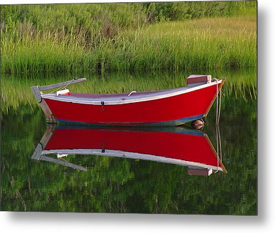 Red Boat Metal Print by Juergen Roth